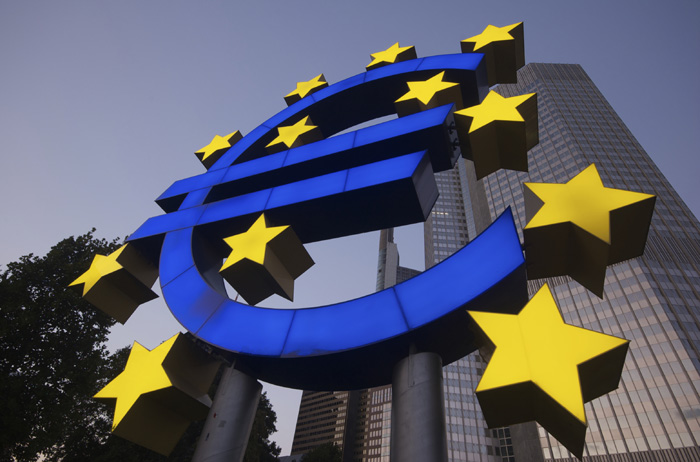 """Money Can't Buy Me Love"":  Countering Euroscepticism through Currency Reform"
