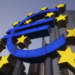 """""""Money Can't Buy Me Love"""":  Countering Euroscepticism through Currency Reform"""